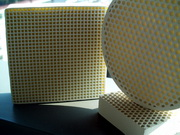 Jintai_extruded_honeycomb_ceramic_foundry_filter